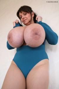 Mega busty boob